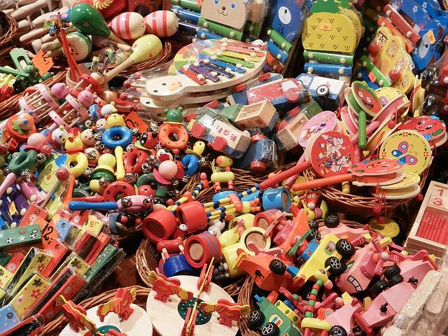 toys-1105519_640