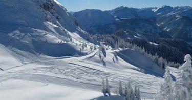 to-ski-71473_640